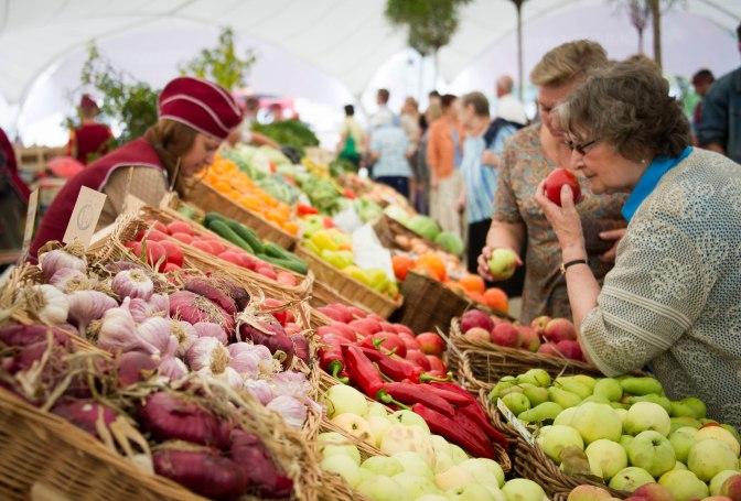 Цены на сезонные овощи выросли в 1,5 раза из-за холодного лета